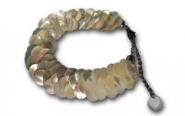 Tahitian White Mother of Pearl Bracelet